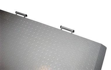 Axxiom 2000 - handles.jpg